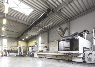 Rifa Kanttechnik - CNC-Fräsen am Firmensitz in Rietberg